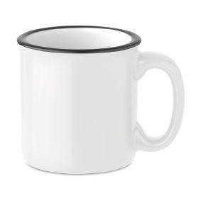 biały kubek ceramiczny